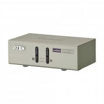Preklopnik 2:1 namizni VGA/USB/AUDIO CS72U s kabli ATEN